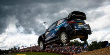 Rally Estonia ajab hüppesse nii autod kui ka fännid. Foto: Jaanus Ree/Red Bull Content Pool