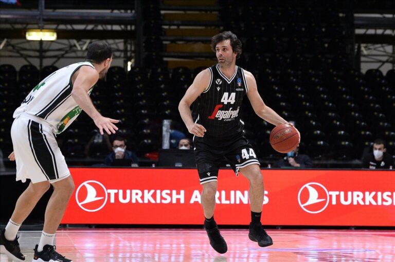 Miloš Teodosic teab, kuidas palliga ümber käia. Foto: eurocupbasketball.com
